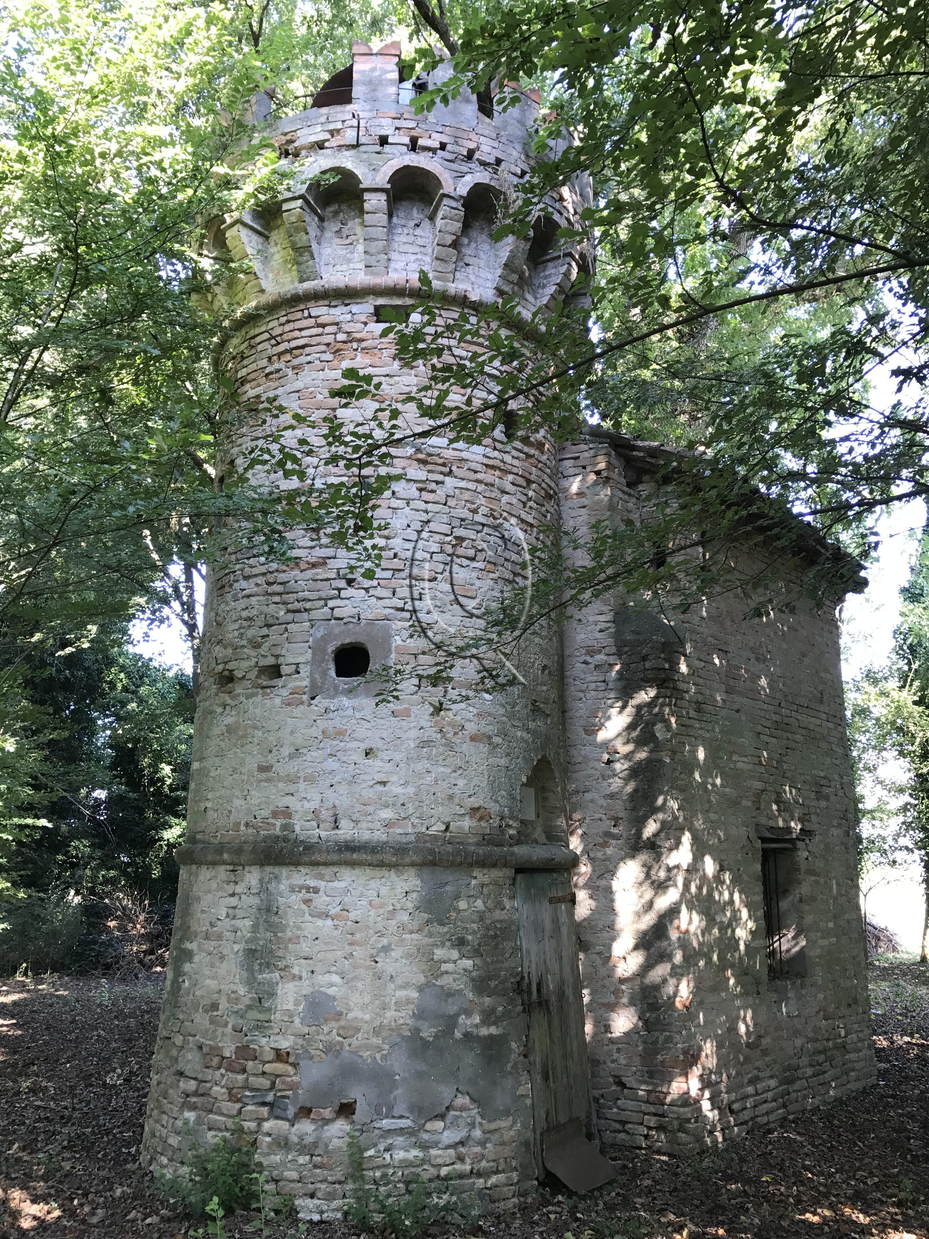 Roccolo in bosco di querce secolari, Ravenna - Quatarca Immobiliare